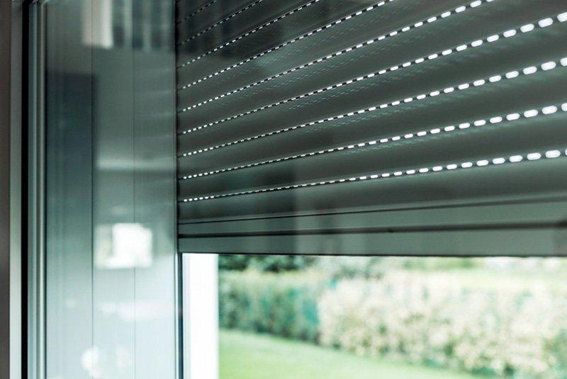 Csm diego celi infissi roma diversi modelli e prezzi di tapparelle e avvolgibili per - Serrande elettriche per finestre ...