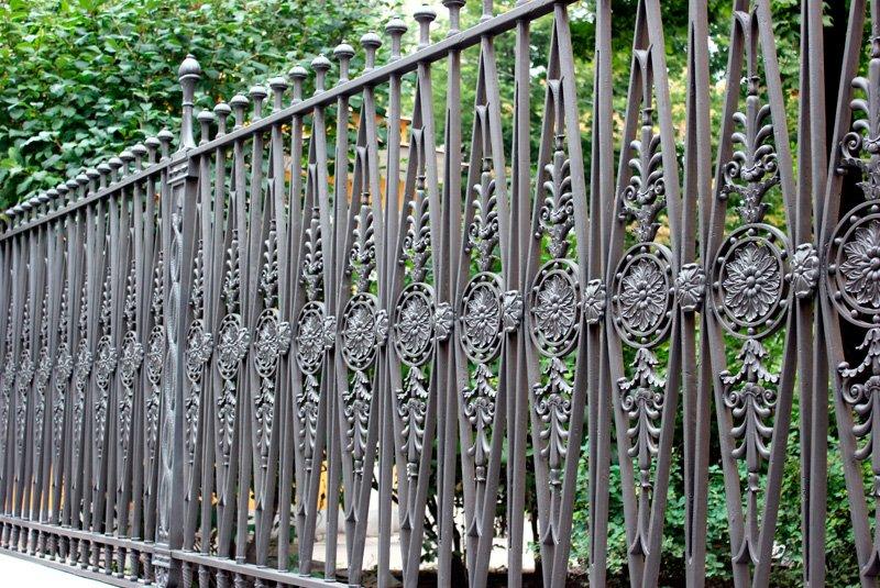 Recinzioni Da Giardino In Ferro : Tipi di recinzione da giardino stunning macdel costruisce su