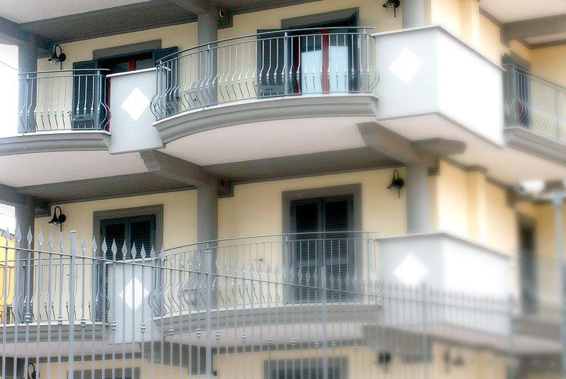 Csm diego celi infissi roma ringhiere roma ringhiere in ferro ringhiere in ferro battuto - Ringhiere per finestre in ferro ...